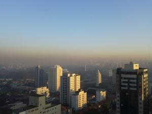 Camada de poluição em São Paulo (Foto por  Atitude Eco)